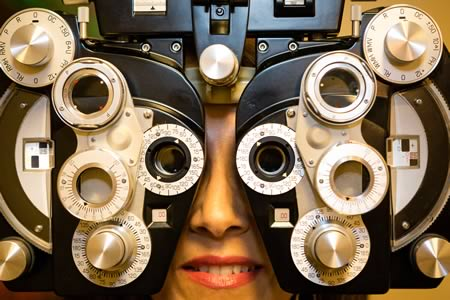Senior eye exams at EyeTech